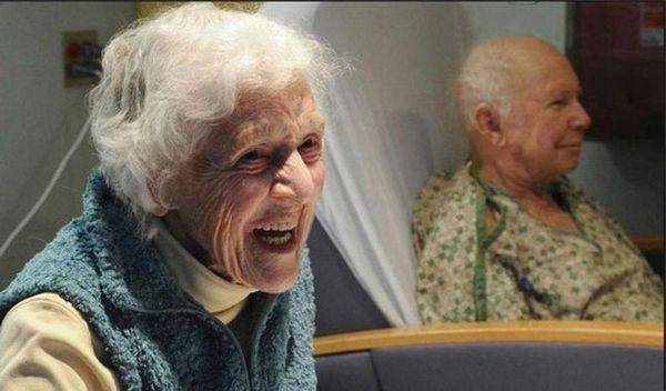 Бабушка злится
