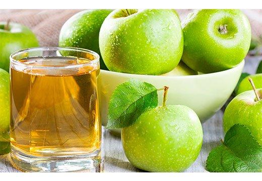 Сок из зеленого яблока