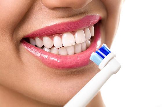 Зубная щетка - массажер