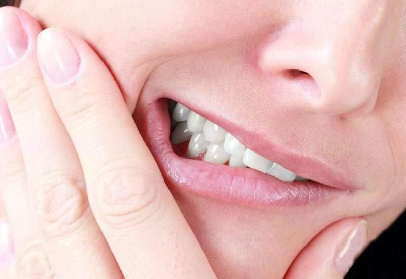 Режется зуб мудрости