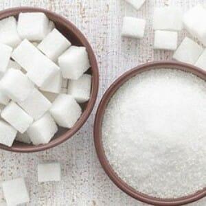Сахар в мисках