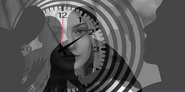 Монотонность, насыщенность, женщина, время